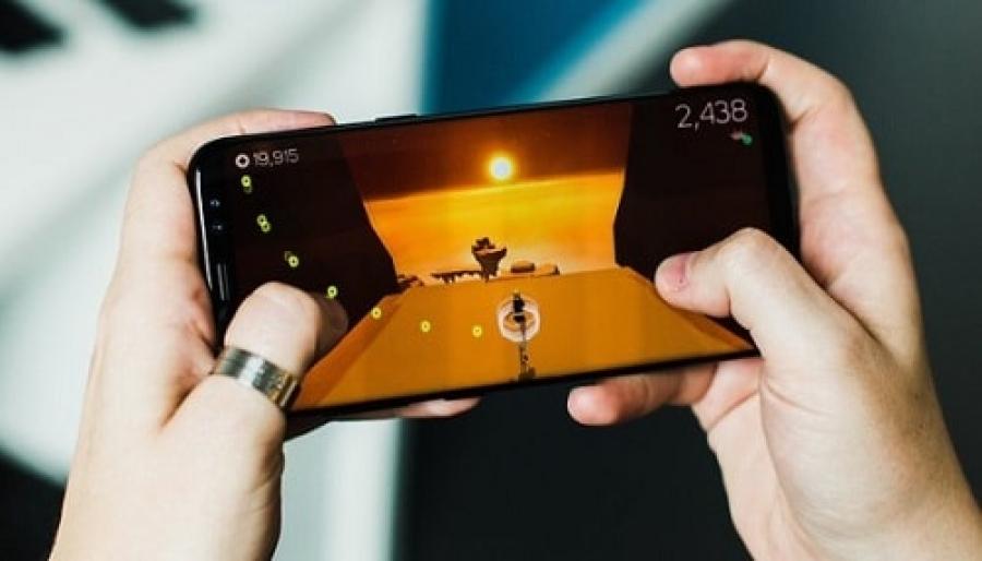 Tips cara memilih HP untuk bermain game [gaming phone]