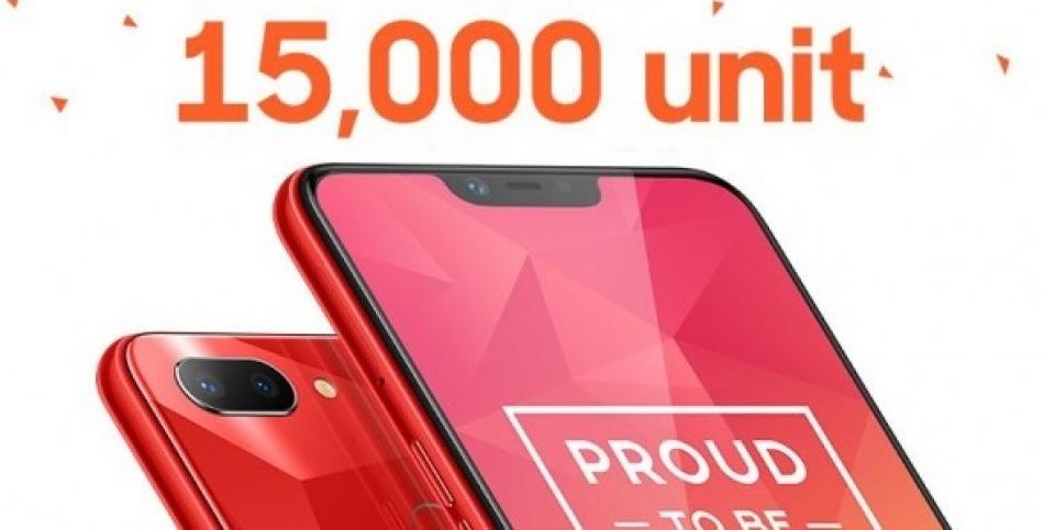 Realme membuat rekor terjual 15.000 unit di penjualan pertama