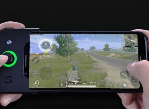 Xiaomi Black Shark Gaming Phone dengan RAM 8GB